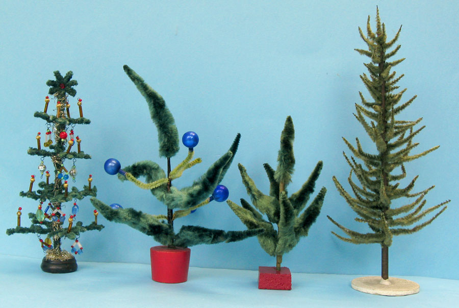 small trees made with chenille and pipe cleaners from left to right ca 20cm high imitation chenille decorated with colored beads and miniature gablonz - Vintage Pipe Cleaner Christmas Decorations